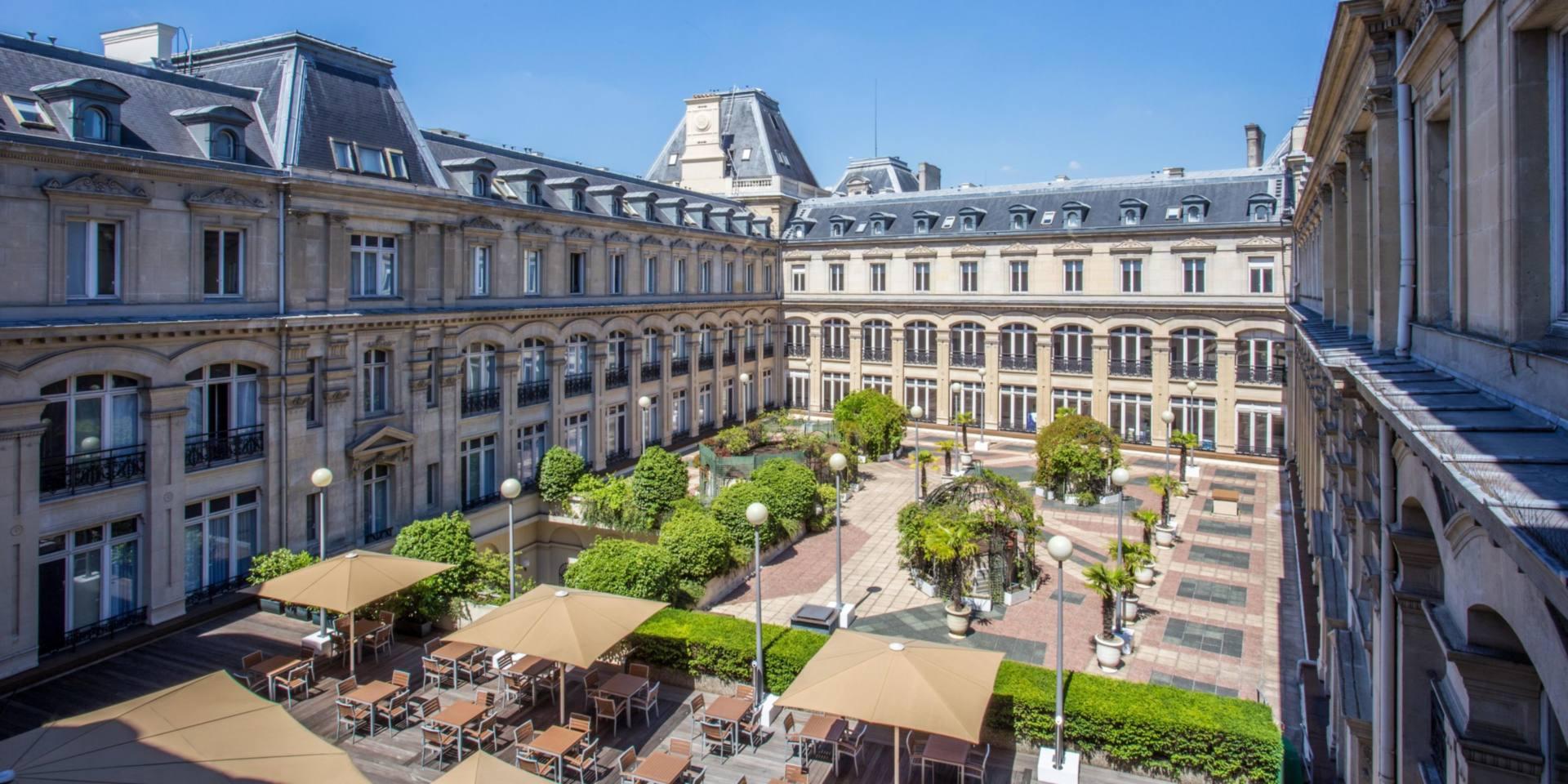 ATHANOR-conception-suivi-realisation-projet-immobilier-crowne-plaza-paris-2